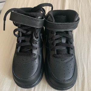 Nike Air Force 1 Mid - Toddler 8C